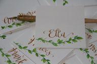 Dubutā kartiņa, augu motīvs, zelta tinte. 0.90 eur/gab